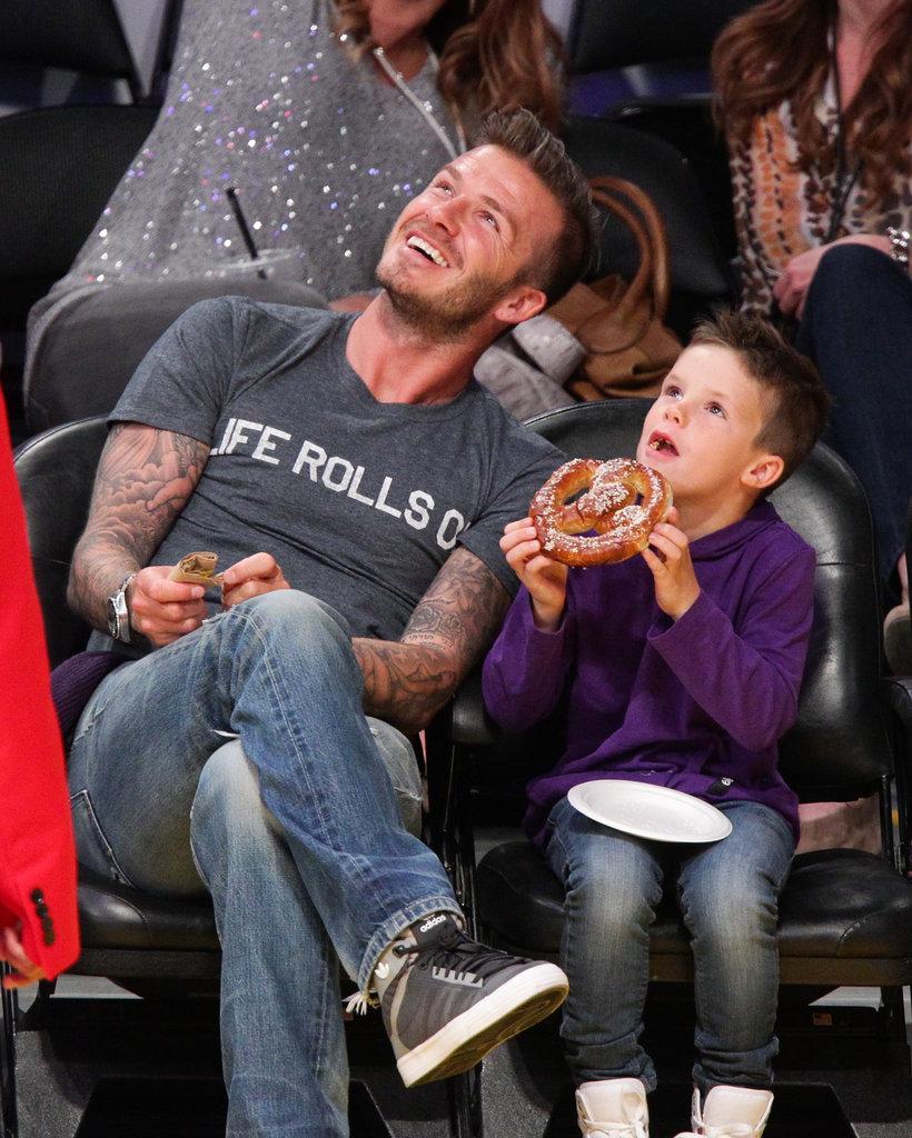 Cruz-Beckham-enjoyed-pretzel-Lakers-game-dad-David