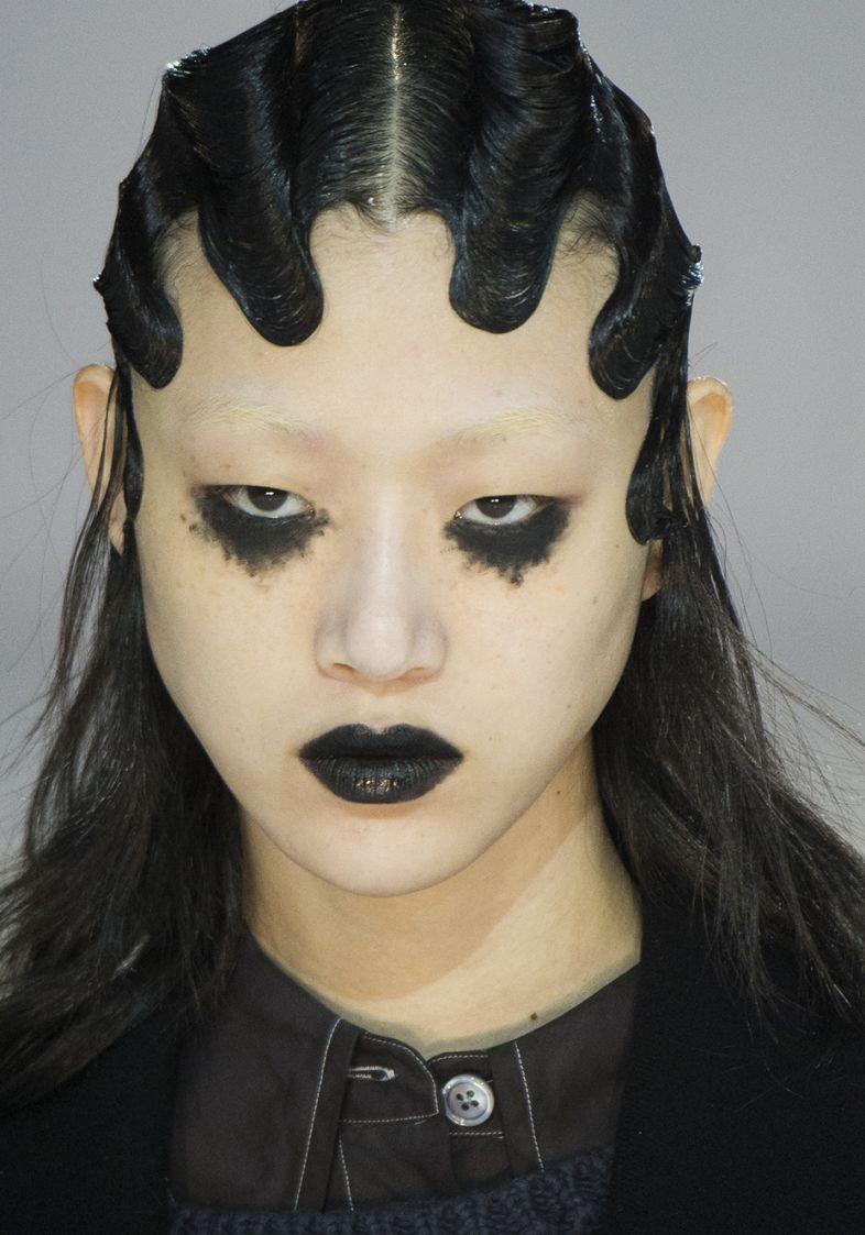 get-the-look-batom-preto-semanas-de-moda_marc-jacobs