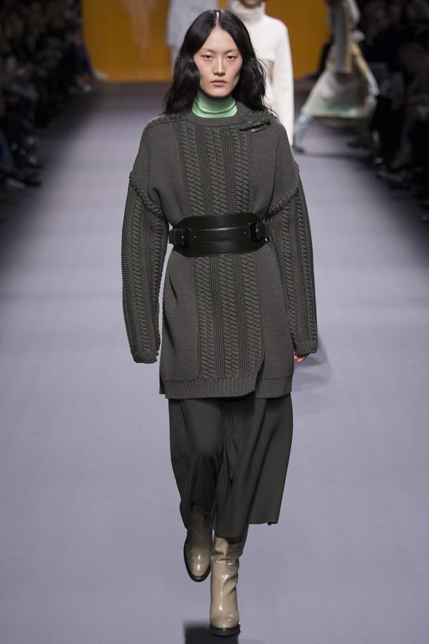 get-the-look-paris-fashion-week-cinto-trend-alert-hermes