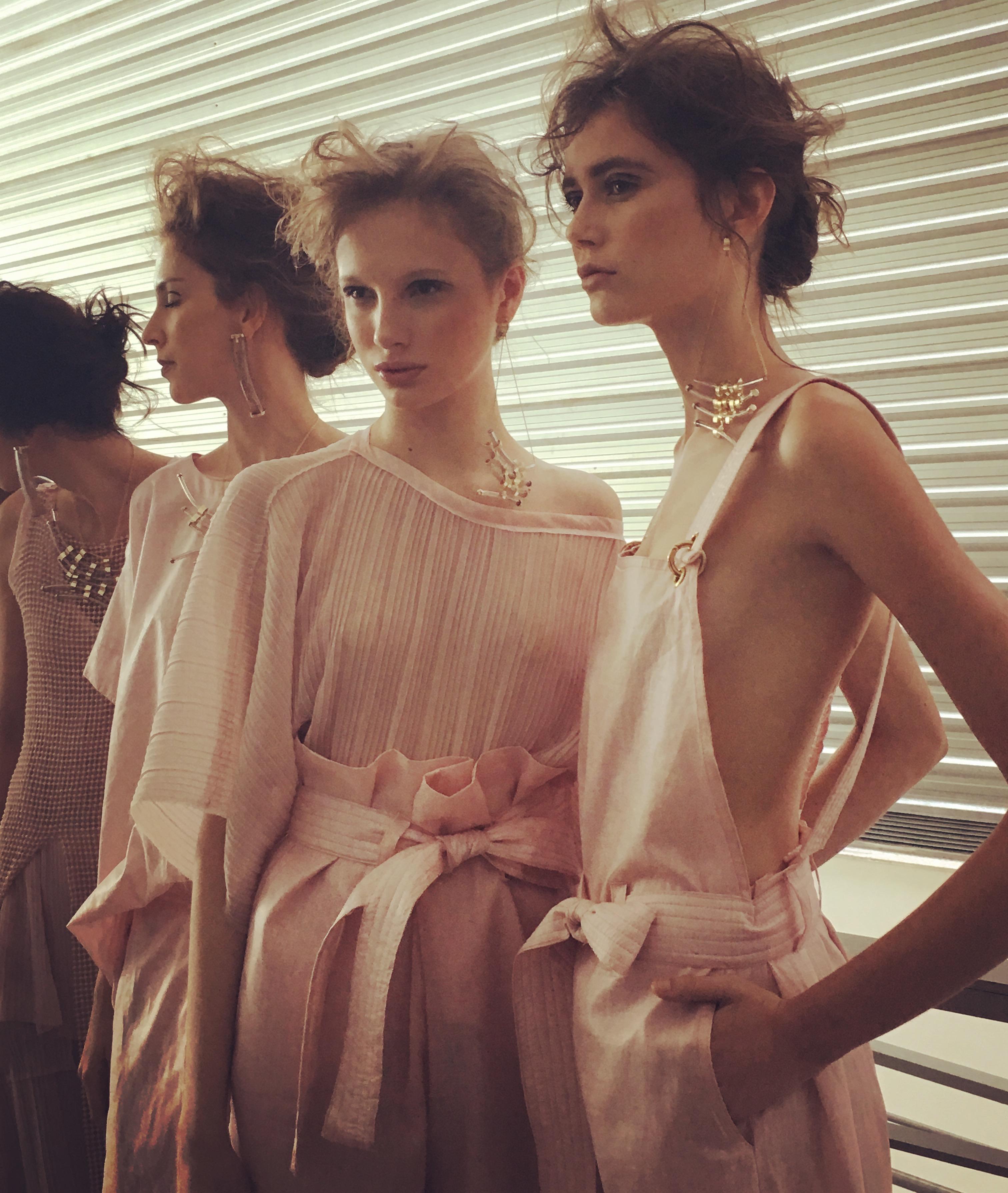 Get-the-look-Minas-Trend-primavera-verao-2016-17-Plural-backstage-pasteis