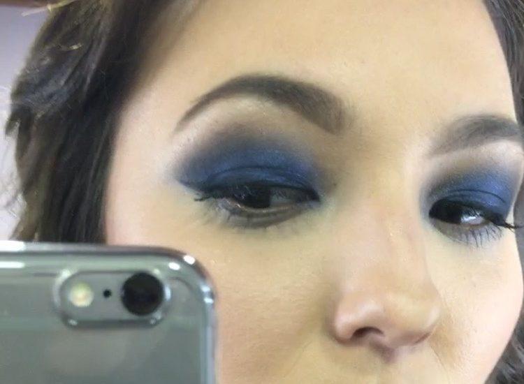get-the-look-tendencia-sombra-azul-blue-shadow