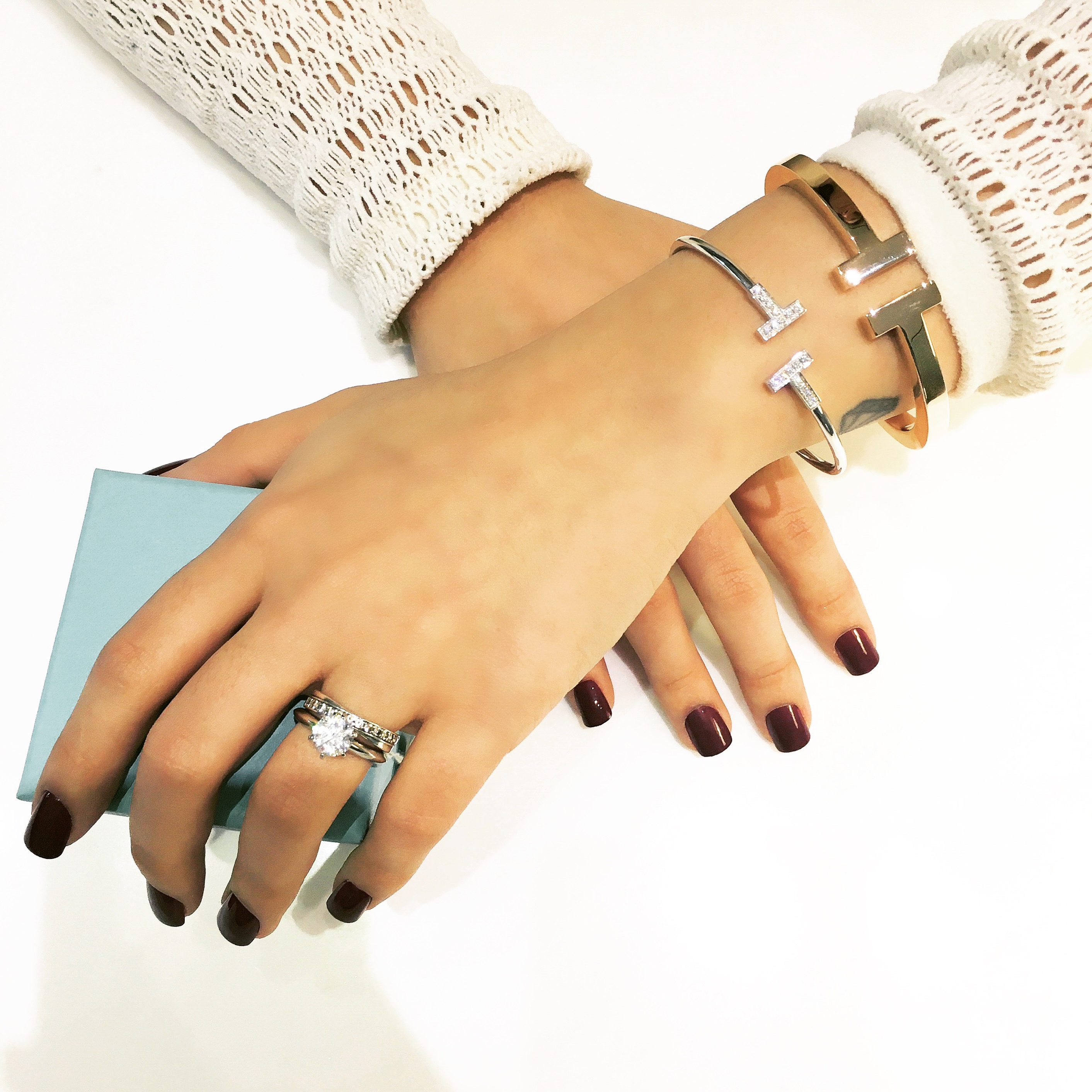 get-the-look-tiffany-pbfw-hands