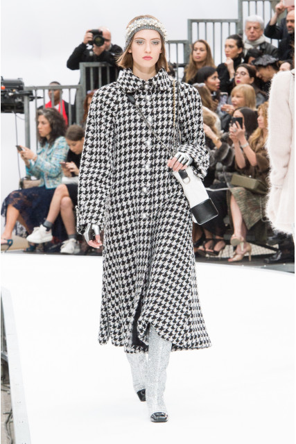 GET-THE-LOOK-CHANEL-PFW-FW18-13